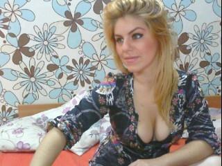 blonde loveantonia