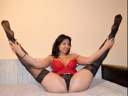 brunette mywife willing perform