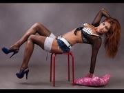 brunette deluxamelyno1 willing perform