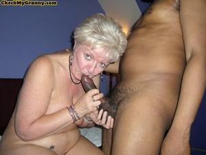 Hardcore blonde granny in her cock satis - XXX Dessert - Picture 2