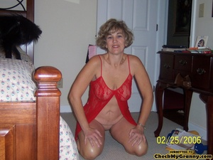 Drop dead gorgeous granny in her red lin - XXX Dessert - Picture 3
