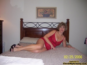 Drop dead gorgeous granny in her red lin - XXX Dessert - Picture 4