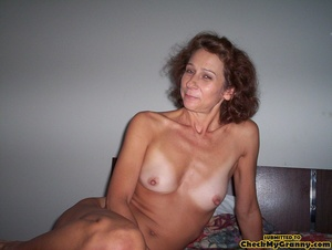 Sex starved granny opens her legs reveal - XXX Dessert - Picture 1