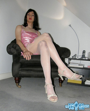 Pretty in glossy pink dress as an alluri - XXX Dessert - Picture 5