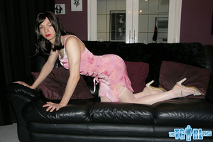 Pretty in glossy pink dress as an alluri - XXX Dessert - Picture 14