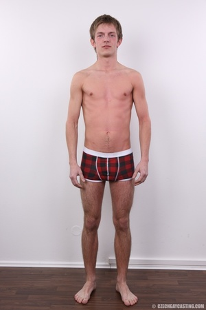 Young boy wants to play balls games - XXX Dessert - Picture 6