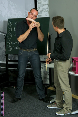Bisexual sex teacher explains cock sucki - Picture 4