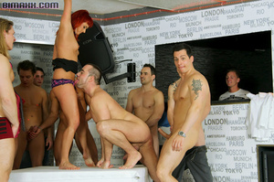 This orgy is the dream of every bi boy l - XXX Dessert - Picture 4