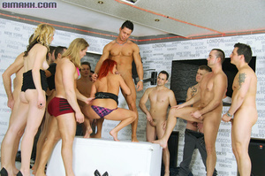 This orgy is the dream of every bi boy l - XXX Dessert - Picture 5