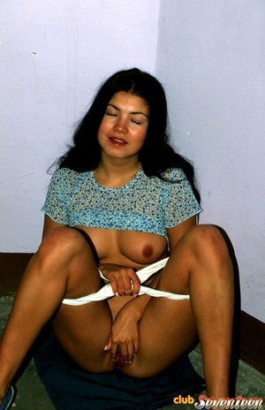 Sweet and shy amateur shows off in the p - XXX Dessert - Picture 15