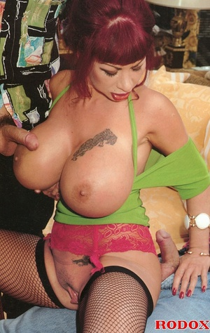 Insatiable slut with massive tits goes f - XXX Dessert - Picture 5