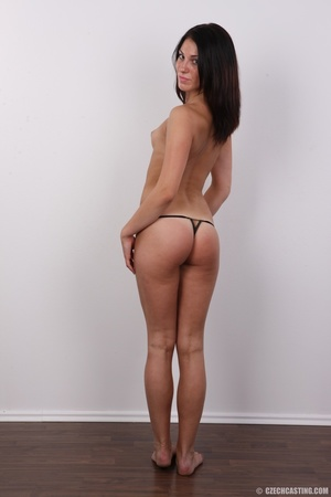 Young shy girlie shows off when stimulat - XXX Dessert - Picture 11