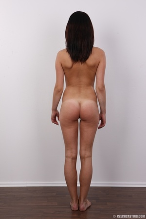 Young shy girlie shows off when stimulat - XXX Dessert - Picture 16