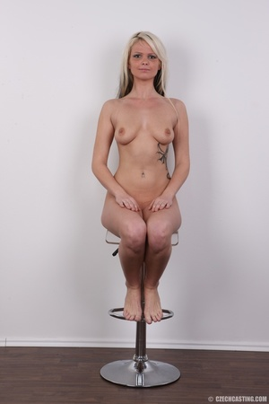Blondie with pierce and tattoos strips l - XXX Dessert - Picture 24