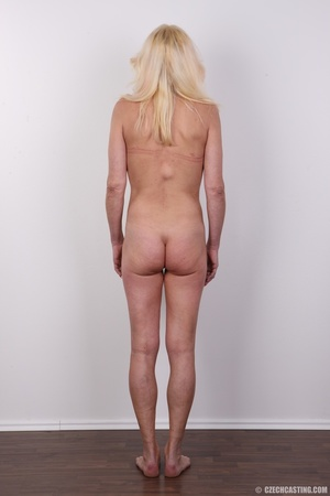 Mature blonde likes to experiment new co - XXX Dessert - Picture 16