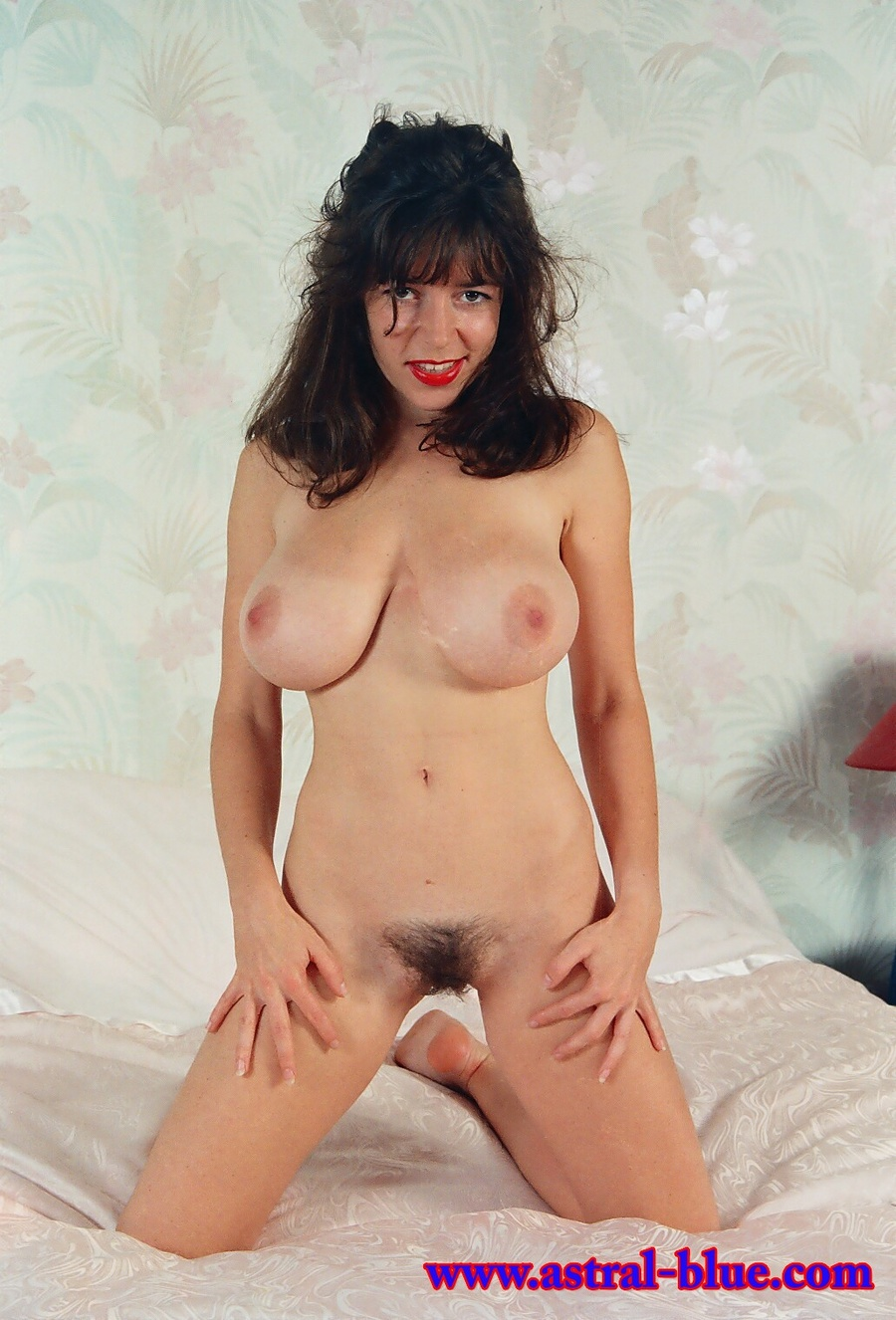 Diana Wynn, Big Tits Uk Page 3 Girl, Nude M - Xxx Dessert - Picture 1-5233