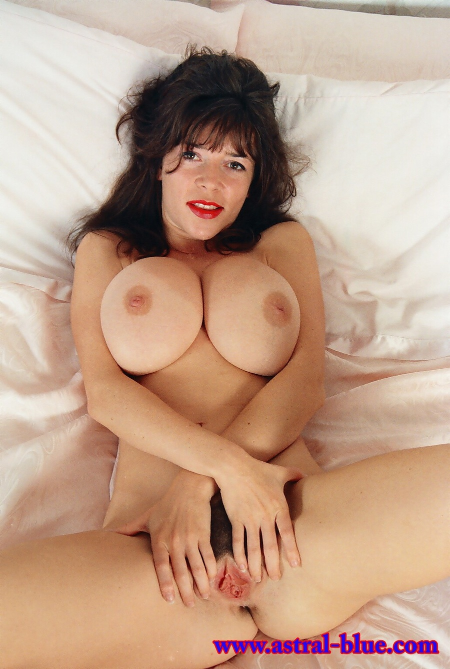 Diana Wynn, Big Tits Uk Page 3 Girl, Nude M - Xxx Dessert - Picture 10-4045