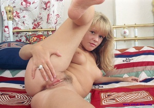 Helen Hanson beautiful blond pubic hair  - XXX Dessert - Picture 15