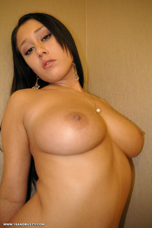Erotic chick with long black hair displa - XXX Dessert - Picture 7