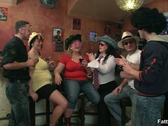 Three horny fat girls in fancy hats and glasses give - Picture 1