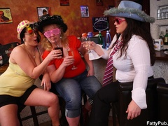 Hot kinky BBW fucking action as three fat babes suck - Picture 1