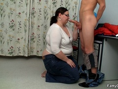 Fat horny lady sucks cock hungrily before hot banging as - Picture 6