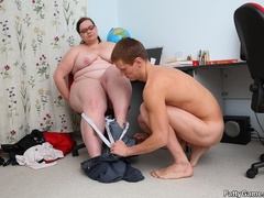 Fat teacher gets task to fuck student and she sucks cock - Picture 11