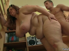Cute fat chick tangles guy in hot fingering, tits and - Picture 15