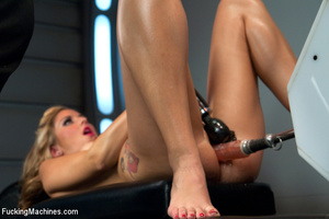 Hot chick plays with big dildo and opens - XXX Dessert - Picture 4