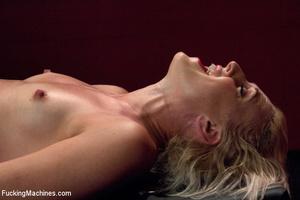 Sex machines show seductive looking babe - XXX Dessert - Picture 8
