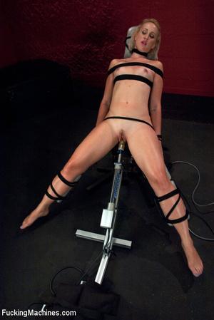 Sex machines show seductive looking babe - XXX Dessert - Picture 13