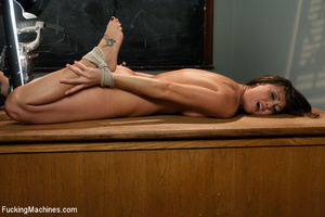 Hardcore automated fucking as chick has  - XXX Dessert - Picture 9
