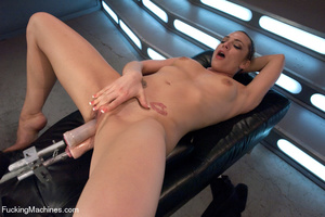 Hot sex model gets multiple orgasms as h - XXX Dessert - Picture 14