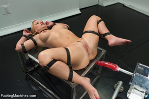 Its hot steamy fun as sexy chick is bang - XXX Dessert - Picture 5