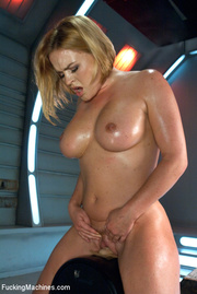 kinky hot action lusty