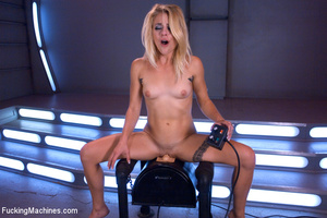 Lusty chick looking for fun gets a blast - XXX Dessert - Picture 14