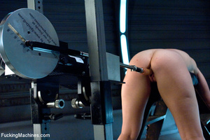 Fucking machines used by horny babe to b - XXX Dessert - Picture 6