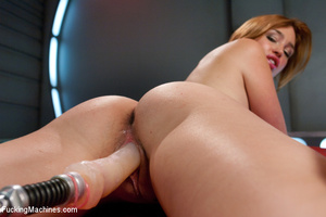Lusty chick looking for fun gets satisfi - XXX Dessert - Picture 7