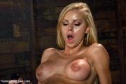 hot seductive chick gets