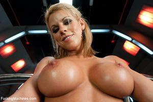 Hot machine sex as seductive hottie gets - XXX Dessert - Picture 2