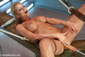 Hot machine sex as seductive hottie gets - XXX Dessert - Picture 4