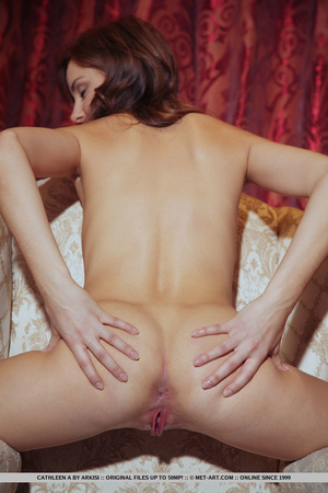 Young beautiful sex model shows off pink - XXX Dessert - Picture 12