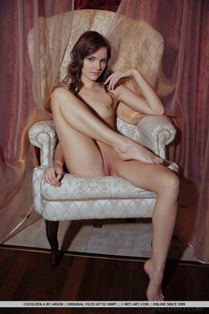 Young beautiful sex model shows off pink - XXX Dessert - Picture 15