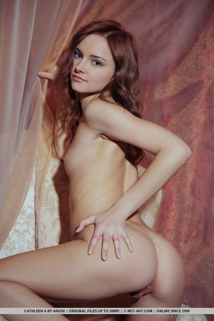 Young beautiful sex model shows off pink - XXX Dessert - Picture 17