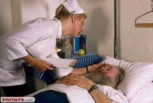 Classic blond nurse seduces horny old pa - XXX Dessert - Picture 15