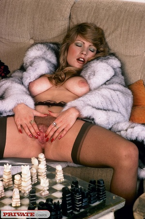 Classic hot lady in furry coat masturbat - XXX Dessert - Picture 8