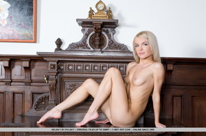 Lovely looking chick looks so inviting s - XXX Dessert - Picture 3