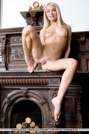 Lovely looking chick looks so inviting s - XXX Dessert - Picture 6