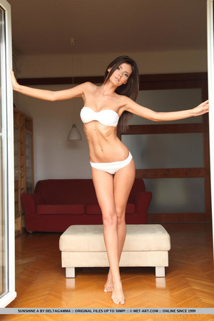 Sexy little english brunette gives a ful - XXX Dessert - Picture 3