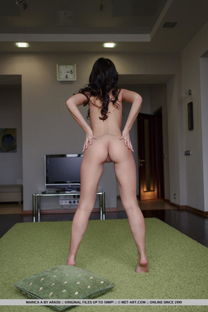 Angelina jolie double primps her tight l - XXX Dessert - Picture 3